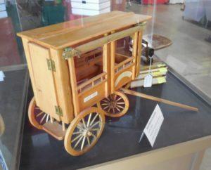 """Model - Early """"School Bus"""""""